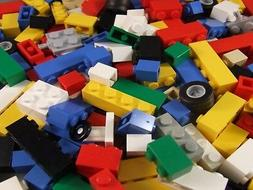 New 100 + LEGO Small Bricks Parts Pieces Plus Car Seat / Tir